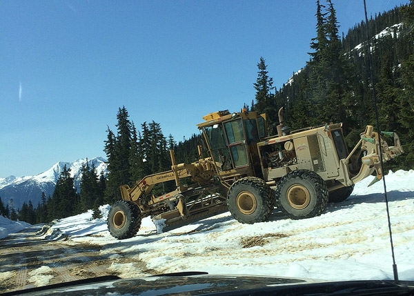 Grader at Hurley summit